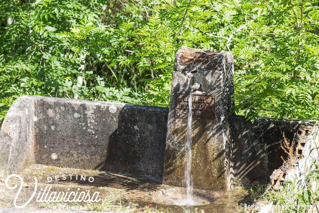 Fuente la granja, Peón