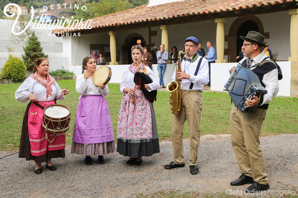 Feria del Lino y las Nueces de Camoca 16