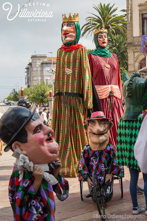 Desfiles de gigantes y cabezudos 2